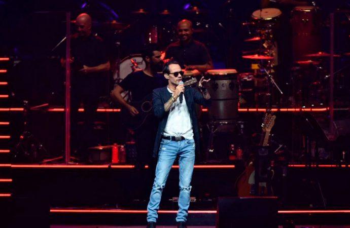 Marc Anthony se toma el 'Choliseo' con extraordinario concierto