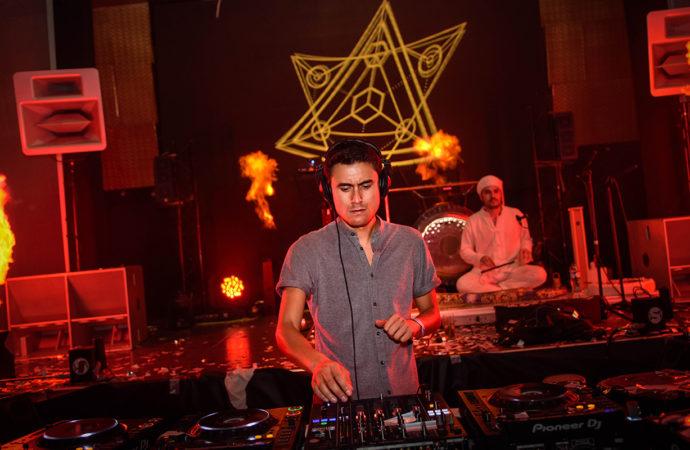 Electrónica y sonidos ancestrales en una nueva edición de Club The Lux