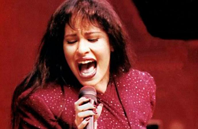 Becky G y Pitbull encabezarán concierto tributo a Selena