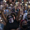 El dolor silencia las redes sociales y la industria musical