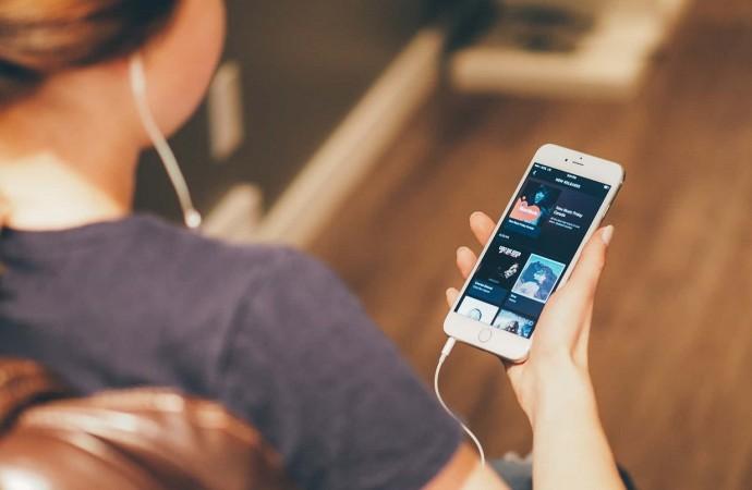 Hacer karaoke con Spotify ahora será mucho más sencillo